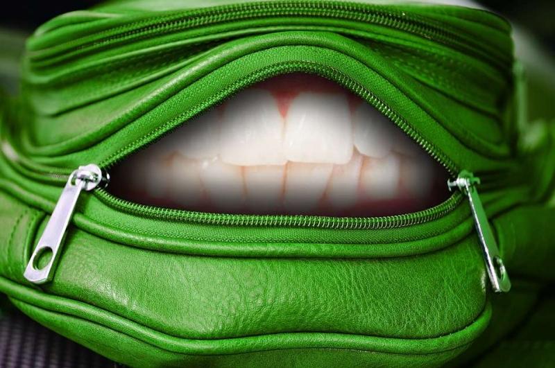 陶瓷牙套的优点有哪些陶瓷牙套缺点有哪些